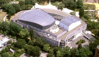 札幌コンサートホール