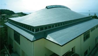 岩代小学校体育館